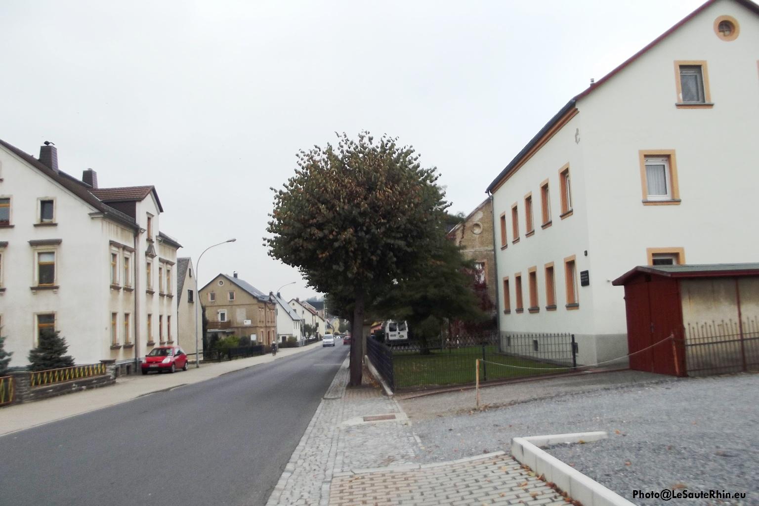 Maison natale de Heiner Müller à Eppendorf en Saxe. Les parents et grands parents occupaient le premier étage.