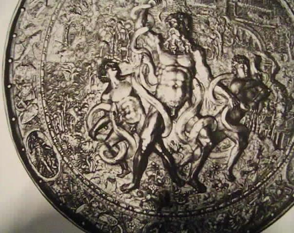 Laocoon et ses fils. Rondache de parement. Deconde moitié du 16ème siècle